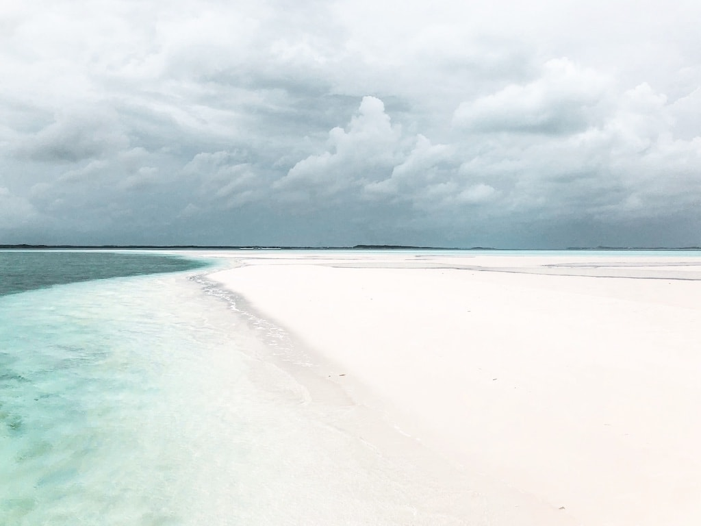 Mani Wake Sandbar in Exuma